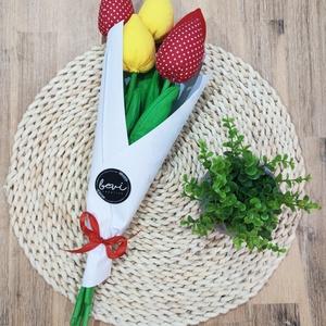 Textil tulipán csokor, Otthon & Lakás, Dekoráció, Asztaldísz, Választható színek, minták. 45 cm magas 700Ft/db Körülbelül egy hét az elkészítési idő., Meska