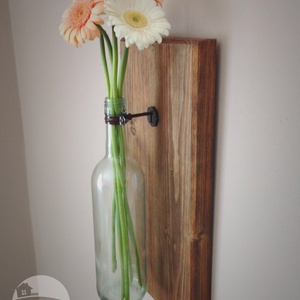 Falra akasztható váza, Dekoráció, Otthon & lakás, Esküvő, Lakberendezés, Kaspó, virágtartó, váza, korsó, cserép, Festett tárgyak, Újrahasznosított alapanyagból készült termékek, Ha unod már, hogy ugyanaz a kép díszíti már rég a szobádat, akkor itt az ideje, hogy lecseréld egy f..., Meska