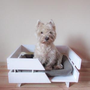 Kutya fekhely, Otthon & Lakás, Kisállatoknak, Kutyáknak, Famegmunkálás, Különlegesebb kutya ágyat keresel a kis kedvencednek? Egyedi méretben, egyedi igények szerint tudjuk..., Meska