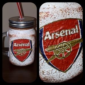 Arsenal foci rajongói sörös korsó vagy szívószálas üveg kettő az egyben, Dísztárgy, Dekoráció, Otthon & Lakás, Decoupage, transzfer és szalvétatechnika, Arsenal foci rajongói sörös korsó vagy szívószálas üveg kettő az egyben\n\nFoci rajongó a család apraj..., Meska