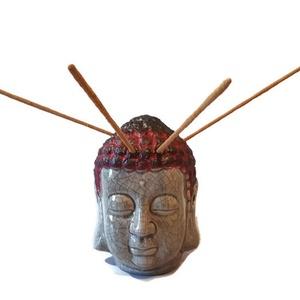 Bordó  Buddha szobor, teamécses és füstölő 3 az 1-ben spirituális ajándék  , Lakberendezés, Otthon & lakás, Egyéb, Vallási tárgyak, Festett tárgyak, Bordó Buddha szobor, teamécses és füstölő 3 az 1-ben spirituális ajándék. \n\nAnyaga: kerámia\nMérete: ..., Meska