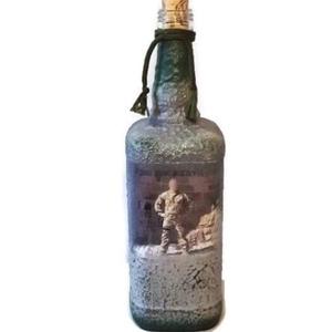 Egyedi fotos katonai italos dísz- és használati üveg ajándék ötlet férfiaknak, férjeknek, barátoknak katonai partira , Üveg & Kancsó, Konyhafelszerelés, Otthon & Lakás, Decoupage, transzfer és szalvétatechnika, Egyedi fotós, fényképes katonai italos dísz-és használati üveg ajándék ötlet férfiaknak, férjeknek, ..., Meska