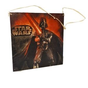 Star Wars - sötétben világító Darth Wader és osztag kétoldalas  fali- ajtódísz, kopogtató és fa kulcstartó (Biborvarazs) - Meska.hu