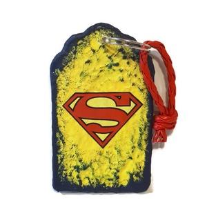 Superman fa sötétben fluoreszkáló kulcstartó ajándék superman rajongóknak ajándék gyermeknapra, névnapra, szülinapra., Egyéb, Gyerek & játék, Gyerekszoba, Kulcstartó, táskadísz, Táska, Divat & Szépség, Decoupage, transzfer és szalvétatechnika, Superman sötétben fluoreszkáló fa kulcstartó ajándék superman rajongóknak. Ajándék névnapra, szülina..., Meska