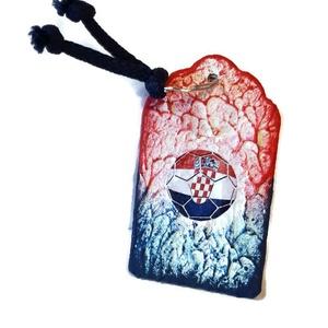 Horvát zászlós füles kerámia pohár fa kulcstartóval ajándék férfiaknak, férjeknek, barátoknak, gyermekeknek - otthon & lakás - konyhafelszerelés - pohár - Meska.hu
