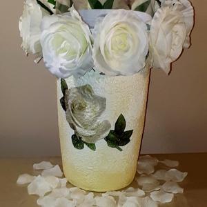 Fehér rózsa padlóváza esküvőre, eljegyzésre leánybúcsúba legénybúcsúba nászajándékba (Biborvarazs) - Meska.hu