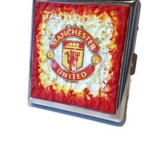 Manchester United fém sötétben fluoreszkáló cigaretta tárca, cigi tartó ajándék cigarettázoknak, férfiaknak, férjeknek!, Férfiaknak, Egyéb, Legénylakás, Decoupage, transzfer és szalvétatechnika, Manchester United fém sötétben fluoreszkáló cigaretta tárca, cigi tartó Mancheszer United rajongókna..., Meska