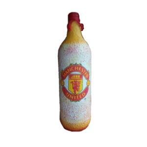 Manchester United foci rajongói hengeres italos dísz- és használati üveg, Otthon & Lakás, Üveg & Kancsó, Konyhafelszerelés, Manchester United foci rajongói hengeres italos dísz- és használati üveg. (750 ml )  Ital és foci ke..., Meska