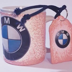 Pink csajos Bmw füles kerámia pohár fa kulcstartóval Bmw autó rajongói ajándék hölgyeknek , Konyhafelszerelés, Otthon & lakás, Bögre, csésze, Egyéb, Kulcstartó, táskadísz, Táska, Divat & Szépség, Decoupage, transzfer és szalvétatechnika, Pink csajos Bmw füles kerámia pohár fa kulcstartóval Bmw autó rajongói ajándék hölgyeknek \n\n2-3 dl -..., Meska