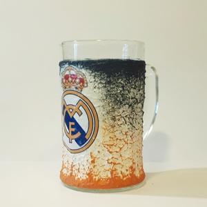 Real Madrid sörös korsó  futball rajongói ajándék férfiaknak, férjeknek, barátoknak, Konyhafelszerelés, Otthon & lakás, Férfiaknak, Sör, bor, pálinka, Decoupage, transzfer és szalvétatechnika, Real Madrid sörös korsó futball  rajongói ajándék férfiaknak, férjeknek, barátoknak\nSör kedvelőknek ..., Meska