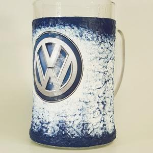 Volkswagen  sörös korsó rajongói ajándék férfiaknak, férjeknek, barátoknak, Konyhafelszerelés, Otthon & lakás, Férfiaknak, Sör, bor, pálinka, Decoupage, transzfer és szalvétatechnika, Volkswagen sörös korsó rajongói ajándék férfiaknak, férjeknek, barátoknak\nSör kedvelőknek kötelező k..., Meska