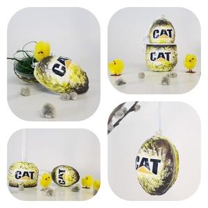 CAT, Caterpillar meglepetés tojás, húsvéti tojás, kermáia tojástartó, gyertyatartó 3 az 1-ben nem csak húsvétra ..., Gyertya & Gyertyatartó, Dekoráció, Otthon & Lakás, Decoupage, transzfer és szalvétatechnika, CAT, Caterpillar meglepetés tojás, locsoló ajándék, húsvéti tojás, kermáia tojástartó, gyertyatartó ..., Meska