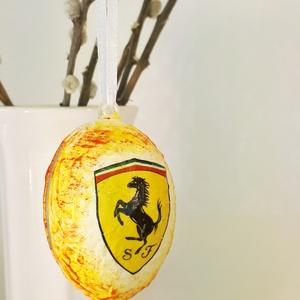 Ferrari húsvéti tojás, autó rajongói meglepetés tojás, nem csak húsvétra, névnapra, szülinapra, gyermeknapra., Dísztárgy, Dekoráció, Otthon & Lakás, Decoupage, transzfer és szalvétatechnika, Ferrari húsvéti tojás, autó rajongói meglepetés tojás, locsoló ajándék nem csak húsvétra, névnapra, ..., Meska