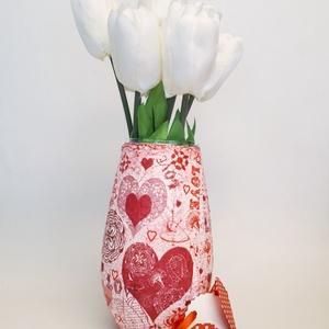 Piros szives love feiratos váza anyák napjára, nőnapra, névnapra, szülinapra, valentin napra, vagy csak úgy , Anyák napja, Ünnepi dekoráció, Dekoráció, Otthon & lakás, Szerelmeseknek, Lakberendezés, Kaspó, virágtartó, váza, korsó, cserép, Decoupage, transzfer és szalvétatechnika, Piros szives love feiratos váza anyák napjára, nőnapra, névnapra, szülinapra, valentin napra vagy cs..., Meska