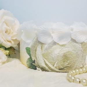 Fehér rózsa úszó gyertya üveg tál fehér gyertyával esküvőre, eljegyzésre leánybúcsúba legénybúcsúba nászajándékba, Gyertya & Gyertyatartó, Dekoráció, Esküvő, Decoupage, transzfer és szalvétatechnika, Fehér rózsa úszó gyertya üveg tál fehér  gyertyával esküvőre, eljegyzésre, leánybúcsúba, nászajándék..., Meska