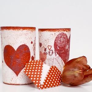 Piros szív üdítős pohár, vizes pohár párban, illatos potpurrival szív ajándék kártyával, nőnapra, anyák napjára névnapra, Konyhafelszerelés, Otthon & lakás, Bögre, csésze, Anyák napja, Ünnepi dekoráció, Dekoráció, Szerelmeseknek, Decoupage, transzfer és szalvétatechnika, Piros szív üdítős pohár, vizes pohár párban illatos potpourrival vörös szatén tasakban, ajándék vale..., Meska