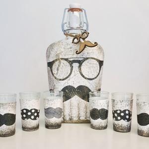 Bajszos poharazó disz-és használati röviditalos pohárszett csatos üveggel férjeknek, barátoknak, esküvőre, eljegyzésre., Otthon & Lakás, Pohár, Konyhafelszerelés, Decoupage, transzfer és szalvétatechnika, Meska