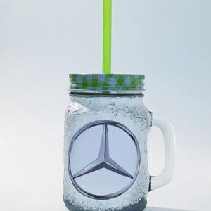 Mercedes dísz- és használati bögre, szívószálas üveg és korsó 3 az 1-ben autó rajongói ajándék., Férfiaknak, Otthon & lakás, Konyhafelszerelés, Bögre, csésze, Decoupage, transzfer és szalvétatechnika, Mercedes dísz- és használati bögre, szívószálas üveg és korsó 3 az 1-ben autó rajongói ajándék.\n\nŰrt..., Meska