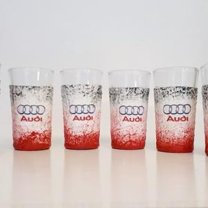 Audi röviditalos pohárszett rajongói ajándék., Otthon & lakás, Férfiaknak, Sör, bor, pálinka, Legénylakás, Konyhafelszerelés, Decoupage, transzfer és szalvétatechnika, Audi röviditalos pohárszet rajongói ajándék.\n\nA poharak űrtartalma: 25-50 ml\n\nAudi rajongó család kö..., Meska