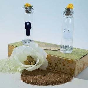 Menyasszony és vőlegény só- és borstartó díszdobozban esküvőre, eljegyzésre, lakodalomba.   (Biborvarazs) - Meska.hu