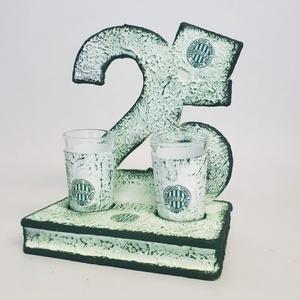 FTC fa tálcás ital kínáló röviditalos poharakkal  FTC foci rajongói ajándék férfiaknak, férjeknek 18-100 szülinapra: 25., Otthon & Lakás, Pohár, Konyhafelszerelés, FTC fa tálcás ital kínáló röviditalos poharakkal  FTC foci rajongói ajándék férfiaknak, férjeknek, b..., Meska
