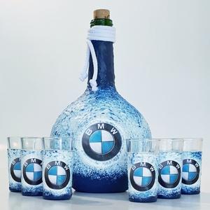 Bmw rajongói ajándék - italos dísz- és használati gömbölyű üveg röviditalos poharakkal. , Otthon & lakás, Konyhafelszerelés, Férfiaknak, Sör, bor, pálinka, Legénylakás, Decoupage, transzfer és szalvétatechnika, Bmw rajongói ajándék - italos dísz- és használati gömbölyű üveg röviditalos poharakkal. \n\nŰrtartalma..., Meska