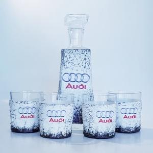 Audi rajongóknak egyedi különleges formájú whiskys üveg 4 db pohárral , Férfiaknak, Otthon & lakás, Sör, bor, pálinka, Konyhafelszerelés, Bögre, csésze, Decoupage, transzfer és szalvétatechnika, Audi rajongóknak egyedi különleges formájú whiskys üveg poharakkal szülinapra, névnapra, karácsonyr..., Meska