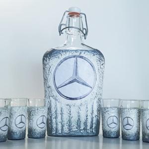 MERCEDES pálinkás készlet, MERCEDES italos üveg, csatos üveg pálinkás poharakkal mi rajongói szülinapi ajándék, Otthon & Lakás, Dekoráció, Díszüveg, Decoupage, transzfer és szalvétatechnika, MERCEDES pálinkás készlet, MERCEDES italos üveg, csatos üveg pálinkás poharakkal mi rajongói szülina..., Meska