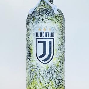 Juventus foci rajongói csatos hengeres italos dísz- és használati borosüveg, pálinkásüveg szülinapra, névnapra..., Otthon & lakás, Konyhafelszerelés, Férfiaknak, Focirajongóknak, Sör, bor, pálinka, Decoupage, transzfer és szalvétatechnika, Juventus foci rajongói hengeres italos dísz- és használati pálinkás boros üveg. (750 ml )\n\nItal és f..., Meska