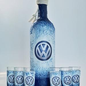 Volkswagen rajongóknak pálinkás dísz-és használati hengeres üveg röviditalos poharakkal , Pohár, Konyhafelszerelés, Otthon & Lakás, Decoupage, transzfer és szalvétatechnika, Volkswagen rajongóknak dísz-és használati pálinkás hengeres üveg röviditalos poharakkal. (750 ml és ..., Meska