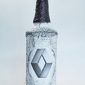 RENAULT italos üveg RENAULT rajongói ajándék pálinkás üveg szülinapra, névnapra, karácsonyra akár saját fotóval is, Otthon & Lakás, Díszüveg, Dekoráció, RENAULT italos üveg RENAULT rajongói ajándék pálinkás üveg szülinapra, névnapra, karácsonyra akár sa..., Meska