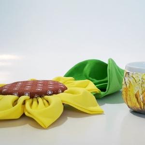 Napraforgó gyertyatartó tojástartó 2 az 1-ben lakásdísz, konyhadísz (Biborvarazs) - Meska.hu