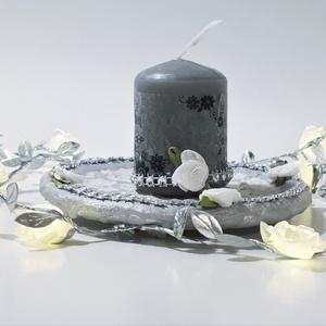 Ezüst gyertyatartó ezüst gyertyával, karácsonyi ünnepi asztali dísz, szülinapi, névnapi ajándék, Gyertya & Gyertyatartó, Dekoráció, Otthon & Lakás, Decoupage, transzfer és szalvétatechnika, Ezüst gyertyatartó ezüst gyertyával, karácsonyi, ünnepi asztali dísz, szülinapi, névnapi ajándék.\n\nN..., Meska