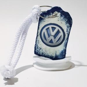 Volkswagen fa sötétben fluoreszkáló fa kulcstartó autó rajongói ajándék , Egyéb, Táska, Divat & Szépség, Kulcstartó, táskadísz, Férfiaknak, Legénylakás, Decoupage, transzfer és szalvétatechnika, Volkswagen fa sötétben flureszkáló fa kulcstartó autó rajongói ajándék férfiaknak, férjeknek, baráto..., Meska