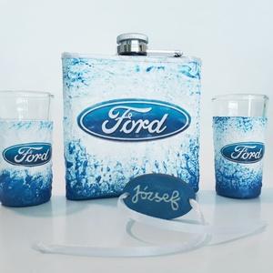 Ford rajongói ajándék - rozsamentes acél flaska, lapos üveg + 2db röviditalos pohár, egyedi ajándék névnapra, szülinapra, Otthon & lakás, Konyhafelszerelés, Férfiaknak, Sör, bor, pálinka, Legénylakás, Decoupage, transzfer és szalvétatechnika, Ford rajongói ajándék - rozsamentes acél flaska, lapos üveg (1 dl) + 2db röviditalos pohár ajándék n..., Meska