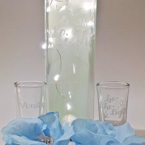 """Égkék gravírozott \""""Be the light\"""" többfunkciós sötétben világító és ledes dísz- és használati üveg esküvőre, eljegyzesre., Esküvő, Esküvői dekoráció, Nászajándék, Férfiaknak, Vőlegényes, Decoupage, transzfer és szalvétatechnika, Égkék gravírozott \""""Be the light\"""" dísz- és használati többfunkciós sötétben világító és ledes üveg es..., Meska"""