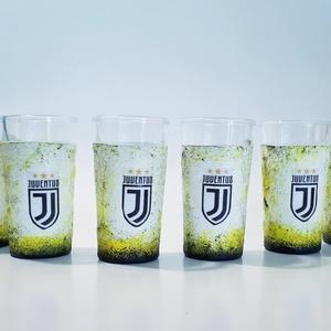 Juventus foci rajongói dísz- és használati röviditalos pohárszett futball szurkolói ajándék, Otthon & lakás, Konyhafelszerelés, Férfiaknak, Focirajongóknak, Sör, bor, pálinka, Decoupage, transzfer és szalvétatechnika, Juventus foci rajongói dísz- és használati röviditalos pohárszett futball szurkolói ajándék (6x25ml)..., Meska