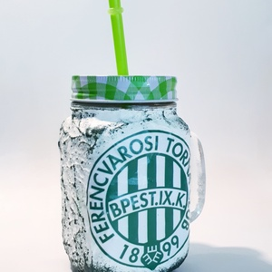 FTC foci rajongói sörös korsó vagy szívószálas üveg kettő az egyben, Díszüveg, Dekoráció, Otthon & Lakás, Decoupage, transzfer és szalvétatechnika, FTC foci rajongói sörös korsó vagy szívószálas üveg kettő az egyben\n\nFoci rajongó a család apraja - ..., Meska