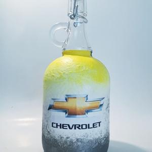 Chevrolet rajongóknak csatos dísz-és használati italos üveg, borosüveg, pálinkásüveg márka fanoknak szülinapra névnapra, Üveg & Kancsó, Konyhafelszerelés, Otthon & Lakás, Decoupage, transzfer és szalvétatechnika,  Chevrolet rajongóknak csatos dísz-és használati italos üveg, borosüveg, pálinkásüveg márka fanoknak..., Meska