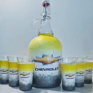 Chevrolet rajongóknak csatos dísz-és használati italos üveg, borosüveg, pálinkásüveg márka fanoknak röviditalos poharak, Üveg & Kancsó, Konyhafelszerelés, Otthon & Lakás, Decoupage, transzfer és szalvétatechnika,  Chevrolet rajongóknak csatos dísz-és használati italos üveg, borosüveg, pálinkásüveg röviditalos po..., Meska