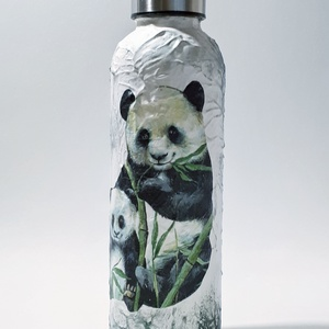 Panda dísz- és használati PBA mentes műanyag palack, kulacs pandamacis ajándék szülinapra névnapra karácsonyra, Otthon & Lakás, Dekoráció, Díszüveg, Panda dísz- és használati PBA mentes műanyag palack, kulacs pandamacis ajándék szülinapra névnapra k..., Meska