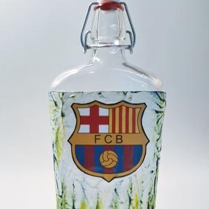 Fc Barcelona futball rajongói dísz- és használati csatos italos üveg ajándék férfiaknak, férjeknek, barátoknak., Díszüveg, Dekoráció, Otthon & Lakás, Decoupage, transzfer és szalvétatechnika, Fc Barcelona futball rajongói dísz-és használati csatos italos üveg ajándék férfiaknak, férjeknek, b..., Meska