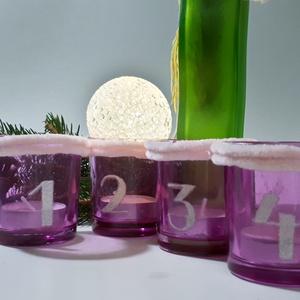 Adventi pink gravírozott sötétben világító üveg mécses szett teamécsessel zsenília borítással, adventi asztali dísz., Adventi koszorú, Karácsony & Mikulás, Otthon & Lakás, Mindenmás, Gravírozás, pirográfia, Adventi pink gravírozott sötétben világító üveg mécses szett teamécsessel zsenília borítással, adven..., Meska