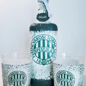 Ftc whiskys dísz- és használati üveg whiskys poharakkal focirajongói ajándék névnapra, szülinapra, karácsonyra., Otthon & Lakás, Dekoráció, Díszüveg, Decoupage, transzfer és szalvétatechnika, Meska