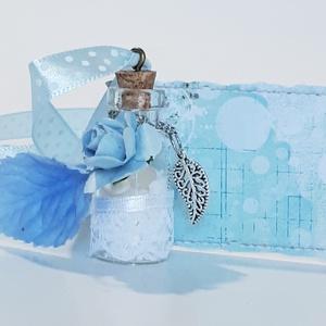 Üveg szelence kék nyaklánc leveles rózsás holdkő ásvánnyal szülinapra, névnapra, karácsonyra, adventre, mikulásra. , Ékszer, Nyaklánc, Medálos nyaklánc, Üveg szelence  kék nyaklánc leveles függővel rózsás holdkő ásvánnyal gyönggyel szülinapra, névnapra,..., Meska