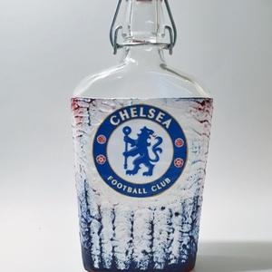 Chelsea foci rajongói csatos  italos dísz- és használati üveg futball rajongói ajándék, Otthon & Lakás, Díszüveg, Dekoráció, Chelsea foci rajongói csatos  italos dísz- és használati üveg  futball rajongói ajándék (500 ml)  Re..., Meska