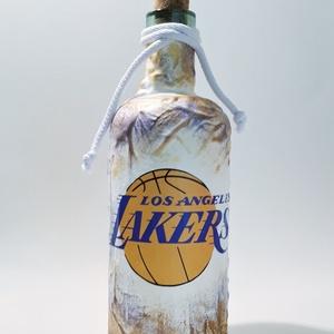 Los Angeles lakers dísz- és használati italos üveg, pálinkás üveg, boros üveg, kosárlabda rajongói ajándék (1l), Otthon & Lakás, Dekoráció, Díszüveg, Decoupage, transzfer és szalvétatechnika, Meska