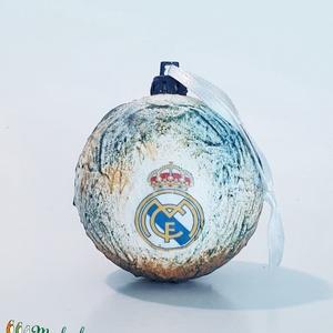 Real madrid karácsonyfa gömb, karácsonyfa dísz foci rajongói ajándék, karácsonyi ajándék, mikulás, adventi meglepi, Karácsony & Mikulás, Karácsonyfadísz, Real Madrid karácsonyfa gömb, karácsonyfa dísz futball, foci rajongói ajándék, karácsonyi ajándék, m..., Meska