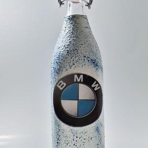 BMW csatos üveg, BMW rajongói ajándék pálinkás üveg szülinapra, névnapra, karácsonyra., Otthon & Lakás, Dekoráció, Díszüveg, Decoupage, transzfer és szalvétatechnika, BMW csatos üveg, BMW rajongói ajándék pálinkás üveg szülinapra, névnapra, karácsonyra. (1l) \n\nRendel..., Meska