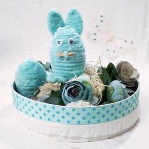 Virágbox, húsvéti nyuszis asztalidísz, pillangóval és plüss húvéti tojással, tavaszi asztali dekoráció, egyedi ajándék., Otthon & Lakás, Dekoráció, Asztaldísz, Virágbox, húsvéti nyuszis asztalidísz, fehér pillangóval és plüss húvéti tojással, tavaszi asztali d..., Meska
